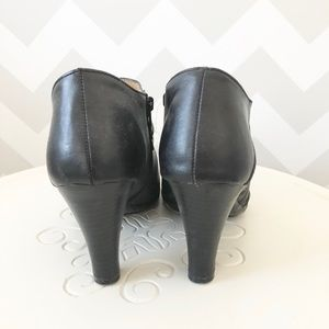 croft & barrow Shoes - Black booties 👢
